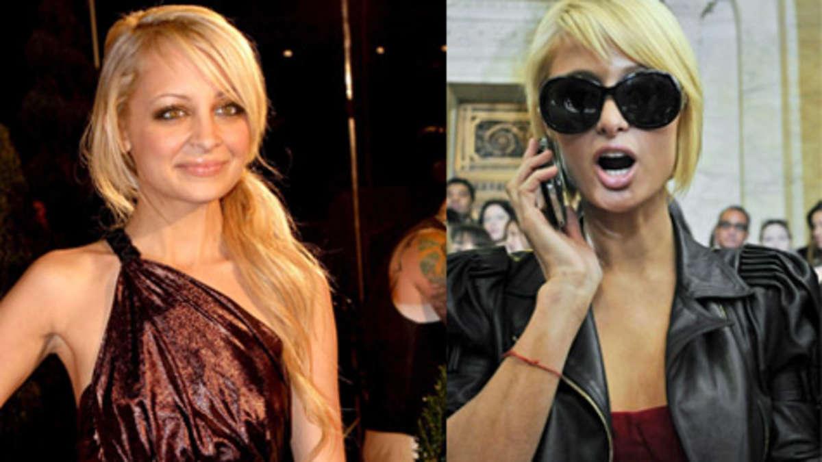 Paris Hilton mit ihren neuen Brüsten