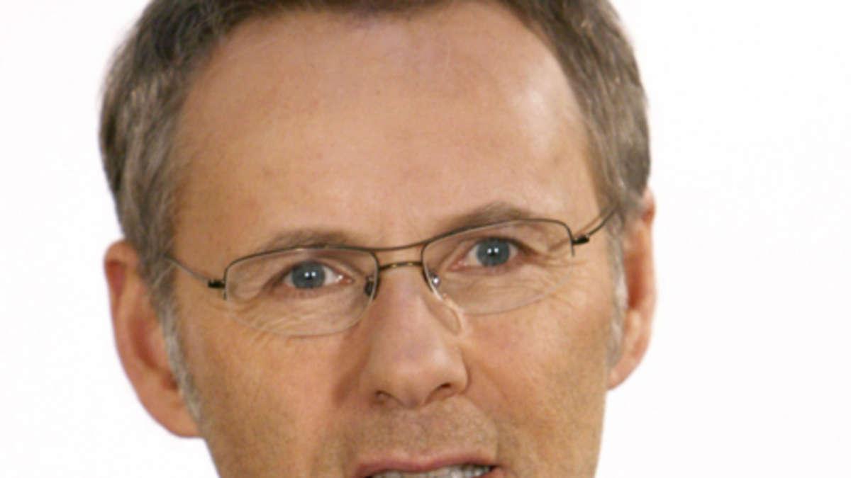 Talkmaster <b>Reinhold Beckmann</b> hat seinen Vertrag bei der ARD verlängert | ... - 1122984624-reinhold-beckmann-talkmaster-pef