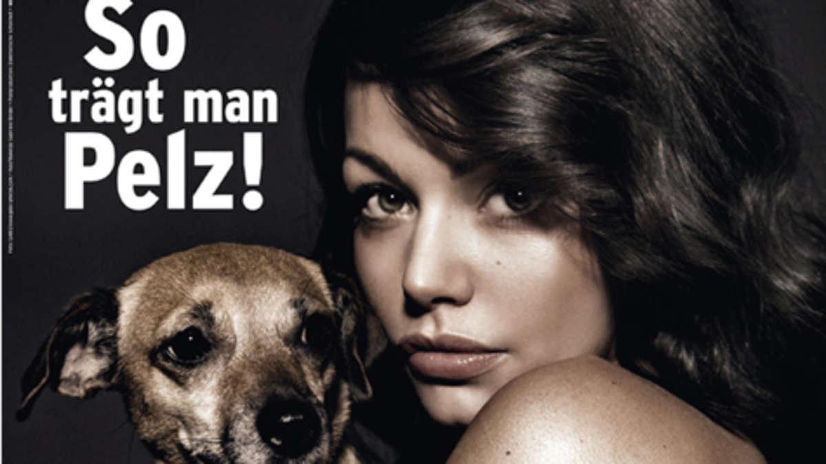 Schauspielerin Cosma Shiva Hagen zieht sich für PETA aus