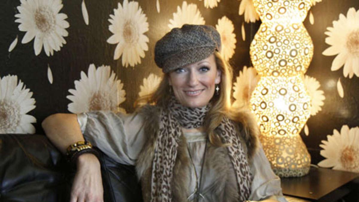 bayerische kabarettistin monika gruber im interview man. Black Bedroom Furniture Sets. Home Design Ideas