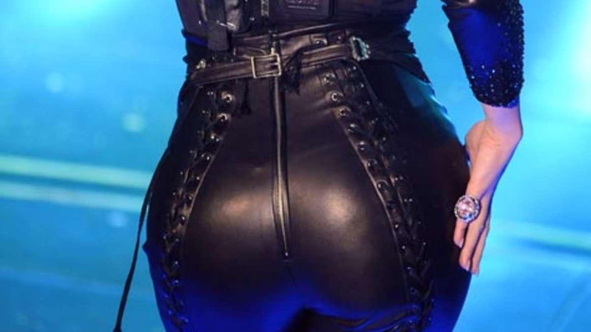 Riesigen Schwanz Im Arsch - Videos Pornable