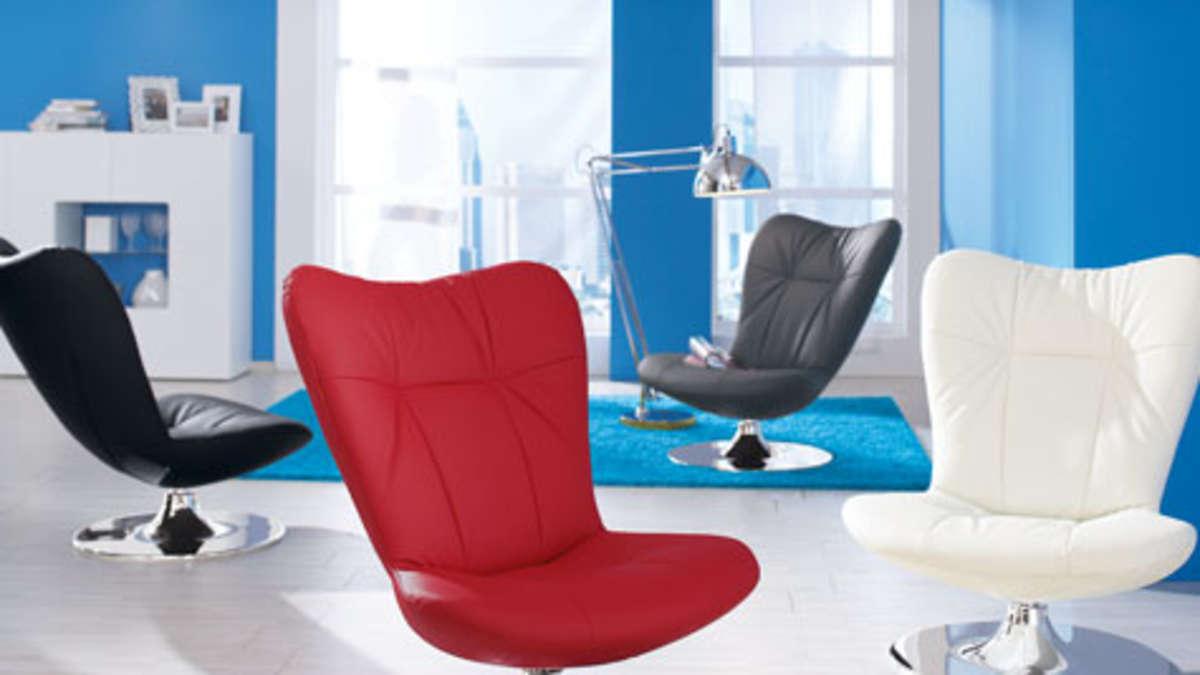 fu ball sticker gewinn fun chairs aus der rtl ii. Black Bedroom Furniture Sets. Home Design Ideas