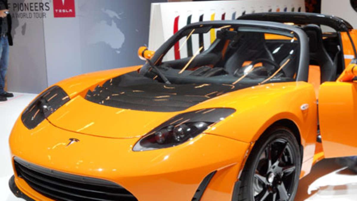 tesla motors und athlon car lease planen elektrofahrzeug. Black Bedroom Furniture Sets. Home Design Ideas