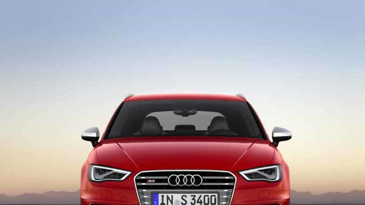 genf 2013 der neue audi s3 sportback hat f nf t ren und 300 ps auto. Black Bedroom Furniture Sets. Home Design Ideas