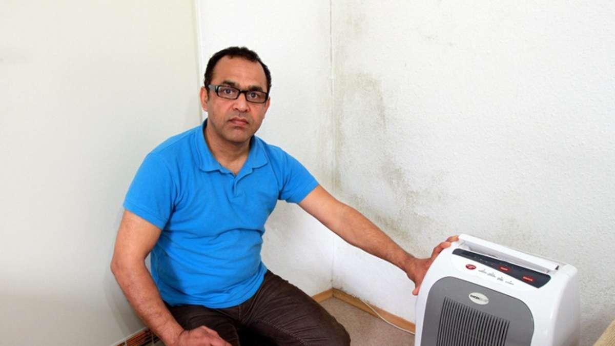 der schimmel macht uns krank familie k mpft gegen feuchtigkeit wohnen. Black Bedroom Furniture Sets. Home Design Ideas