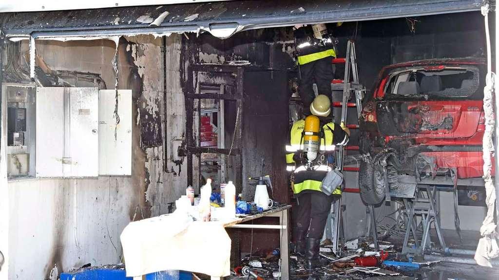 brand in neuperlach kfz werkstatt in flammen ramersdorf perlach. Black Bedroom Furniture Sets. Home Design Ideas