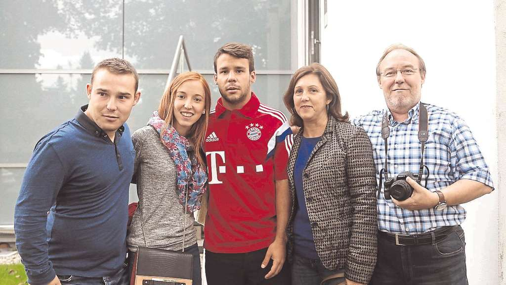 Photo of Juan Bernat & his  Father  Alejandro Bernat