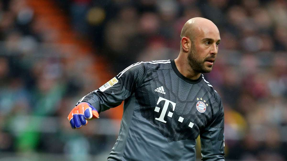 fc bayern m nchen torwart pepe reina stellt rekord auf fc bayern. Black Bedroom Furniture Sets. Home Design Ideas