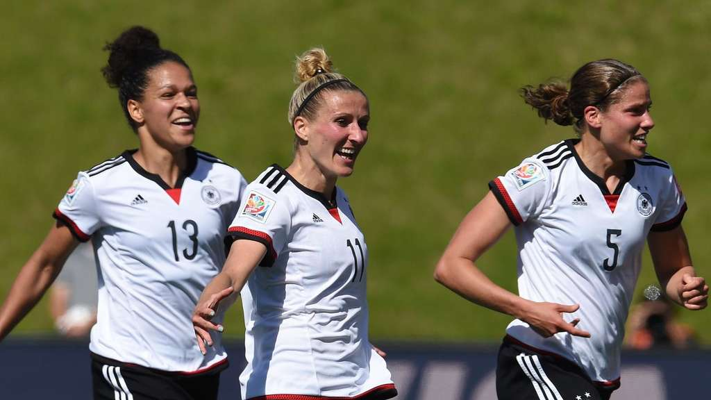 deutschland fußball spiele