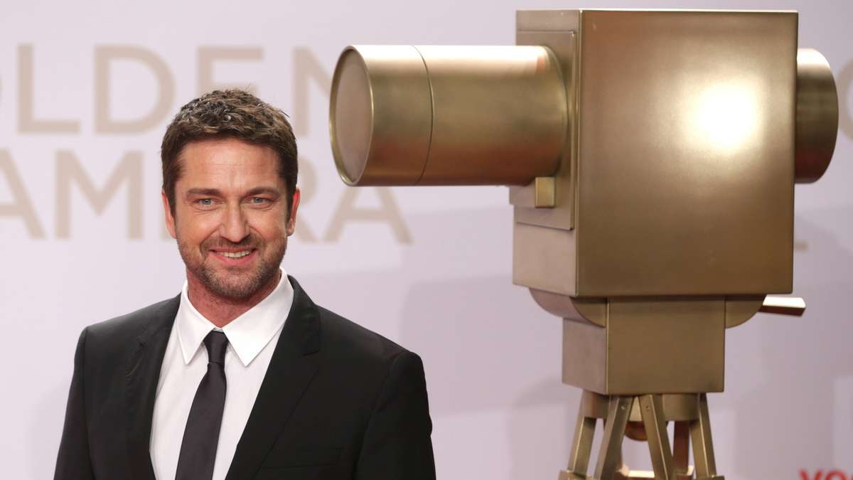 Butler mirren und moore bei der goldenen kamera bilder - Butlers hamburg ...