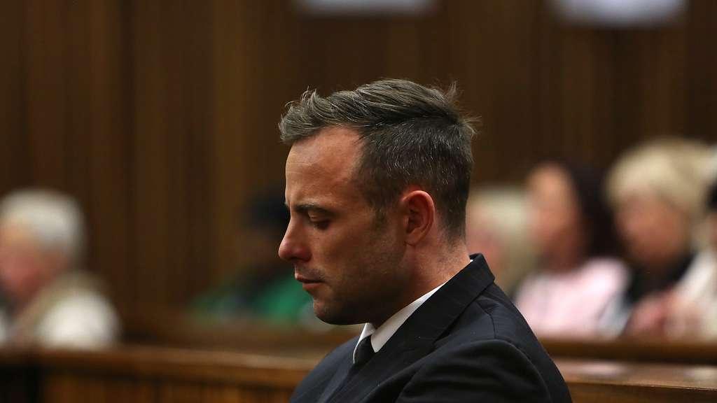 Ex-Sprintstar: Oscar Pistorius zu sechs Jahren Gefängnis verurteilt