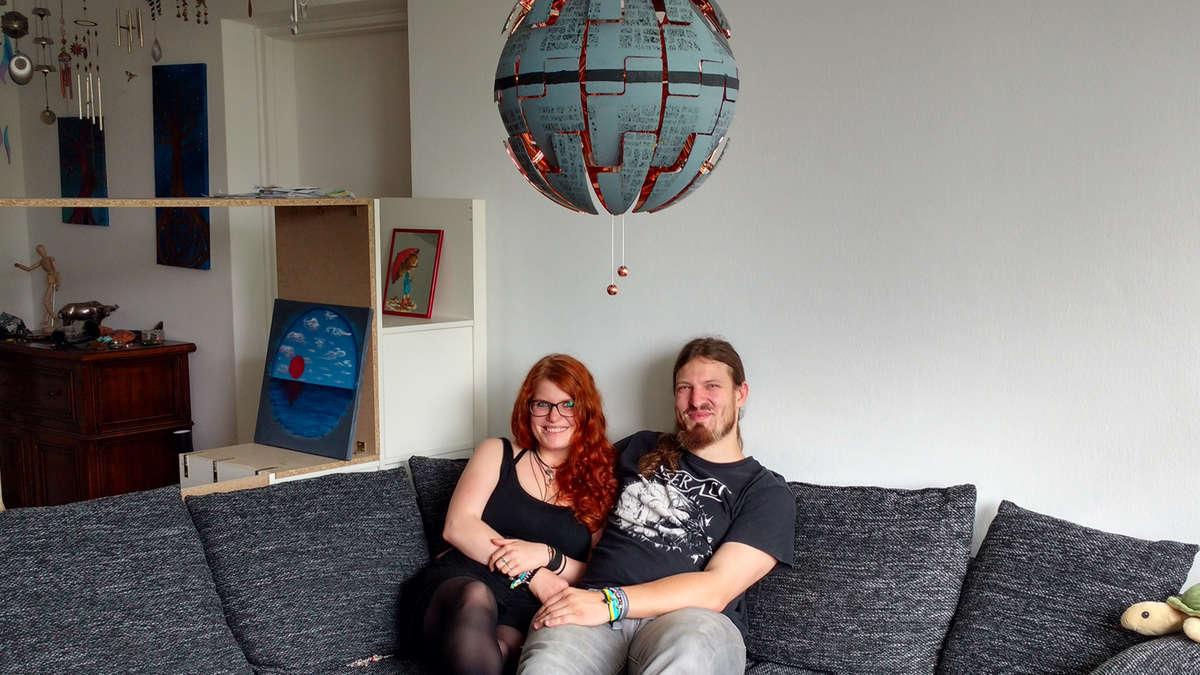 wohn doku wie man erfolgreich nach den vier w nden sucht. Black Bedroom Furniture Sets. Home Design Ideas