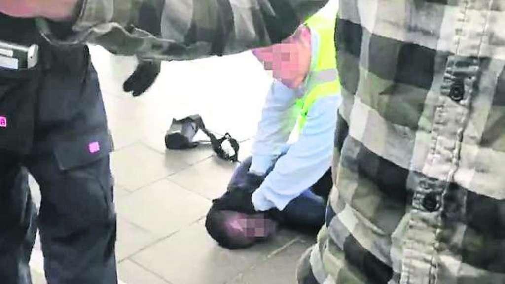 Polizei ermittelt nach eskalierter Fahrscheinkontrolle