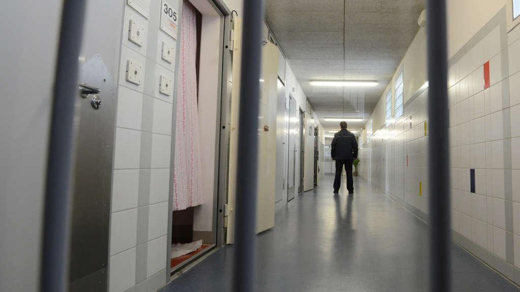 Gefährlicher Sextäter in Oldenburg auf der Flucht