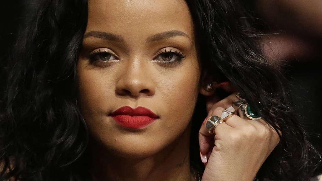 Todes-Drama um Rihannas Cousin (21)