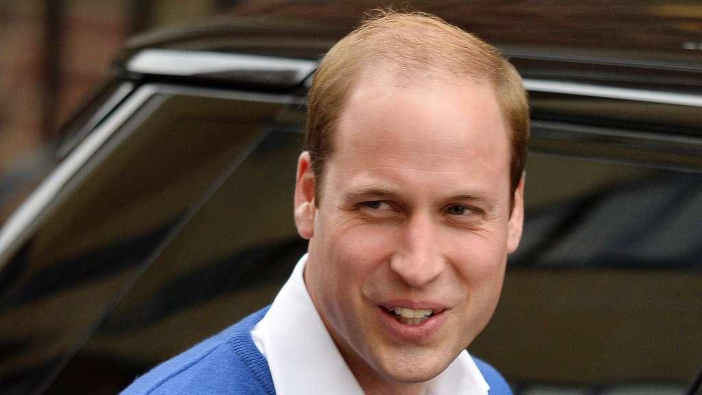 Prinz William hat die Haare schön