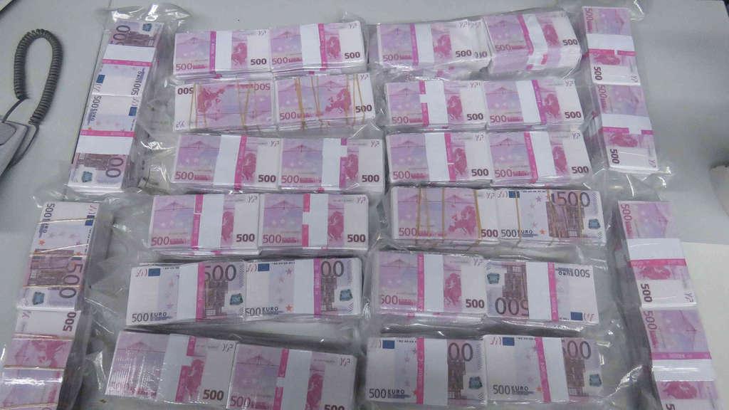 Mann findet acht Millionen Euro Bargeld in Biotonne