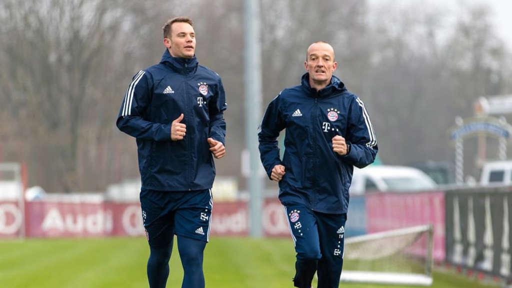 Bayern-Keeper Neuer läuft wieder