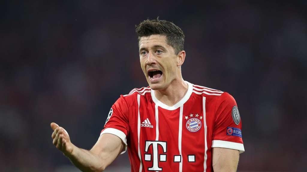 FC Bayern mit vier Nachwuchsspielern gegen Frankfurt