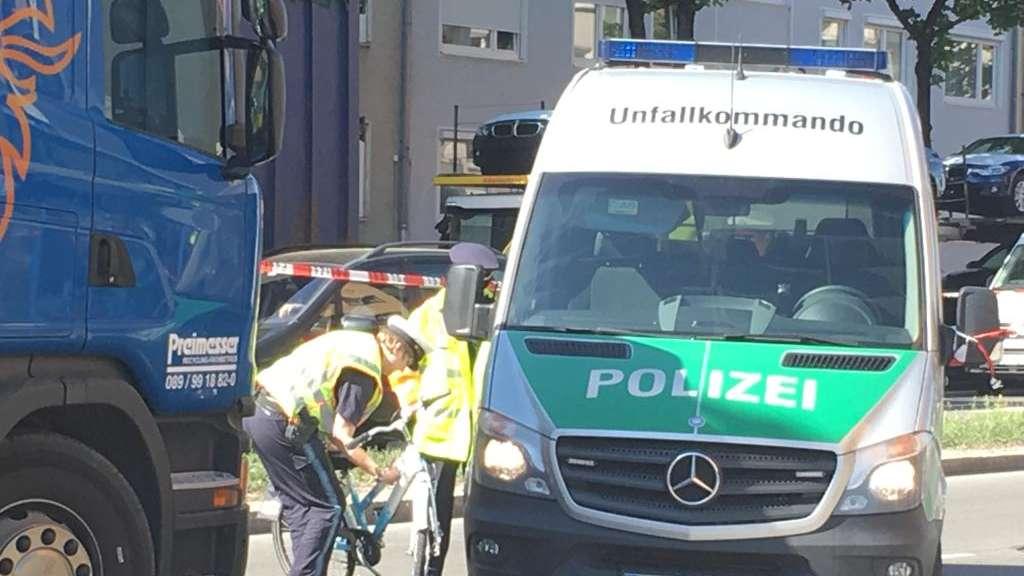 Tödlicher Unfall am Montagmorgen: Mädchen (9) von Lastwagen erfasst