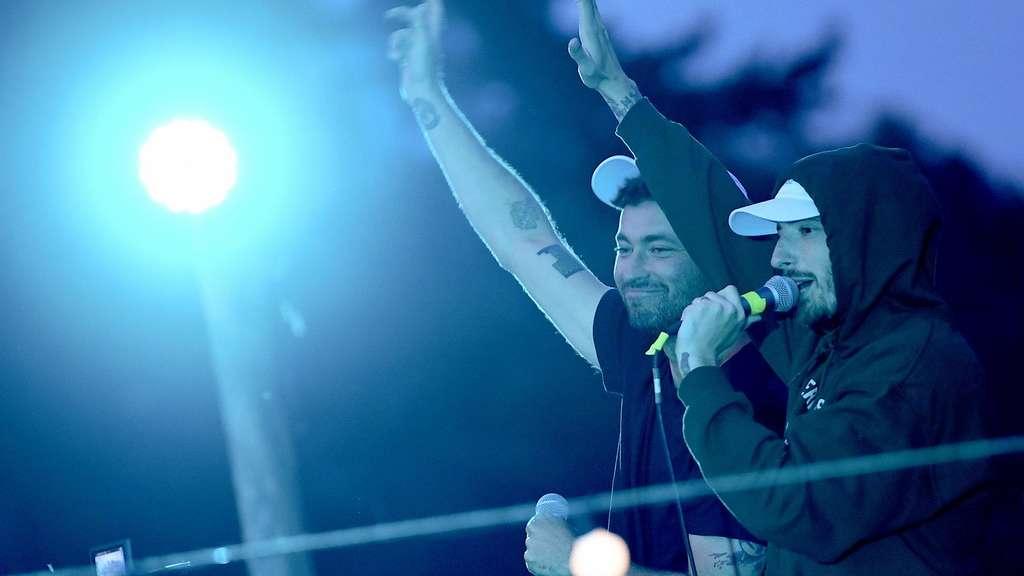 Spontankonzert von Rapper Marteria und Casper am Tanzbrunnen