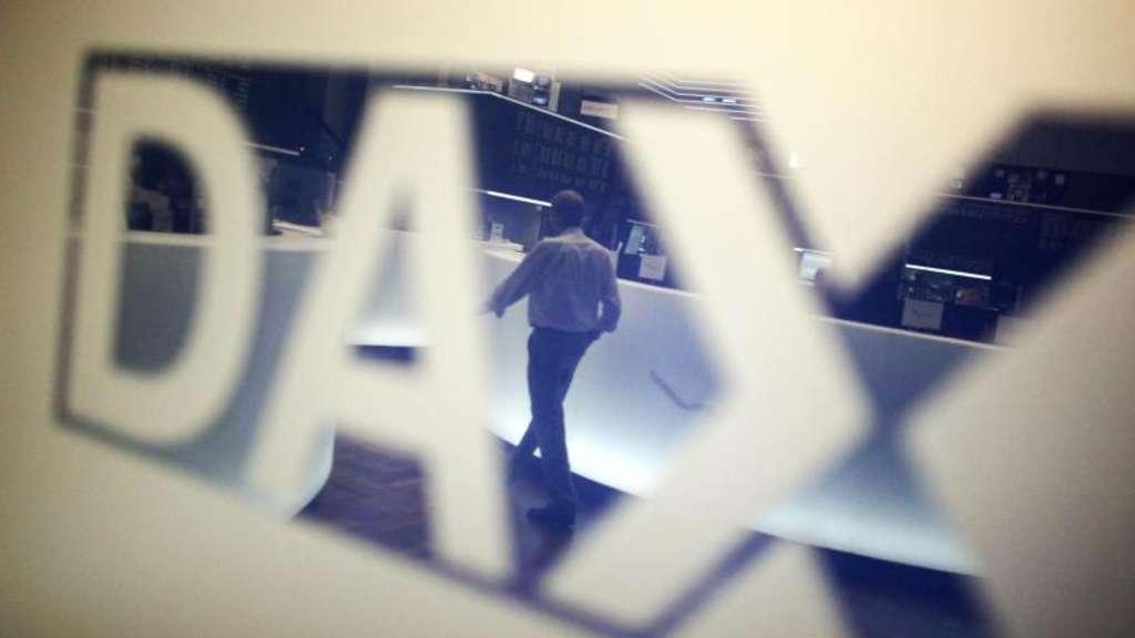 Börse in Frankfurt: Dax startet im Minus - Anleger wegen Iran-Krise vorsichtig