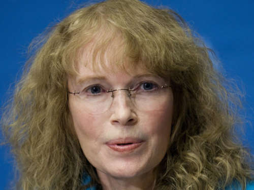 Mia Farrow tritt in Hungerstreik