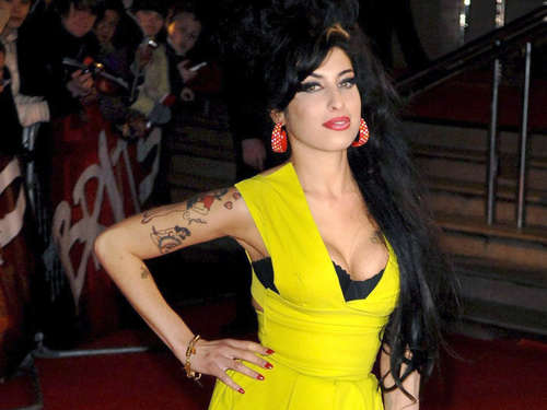Skandal-Queen Amy Winehouse will in der Karibik bleiben