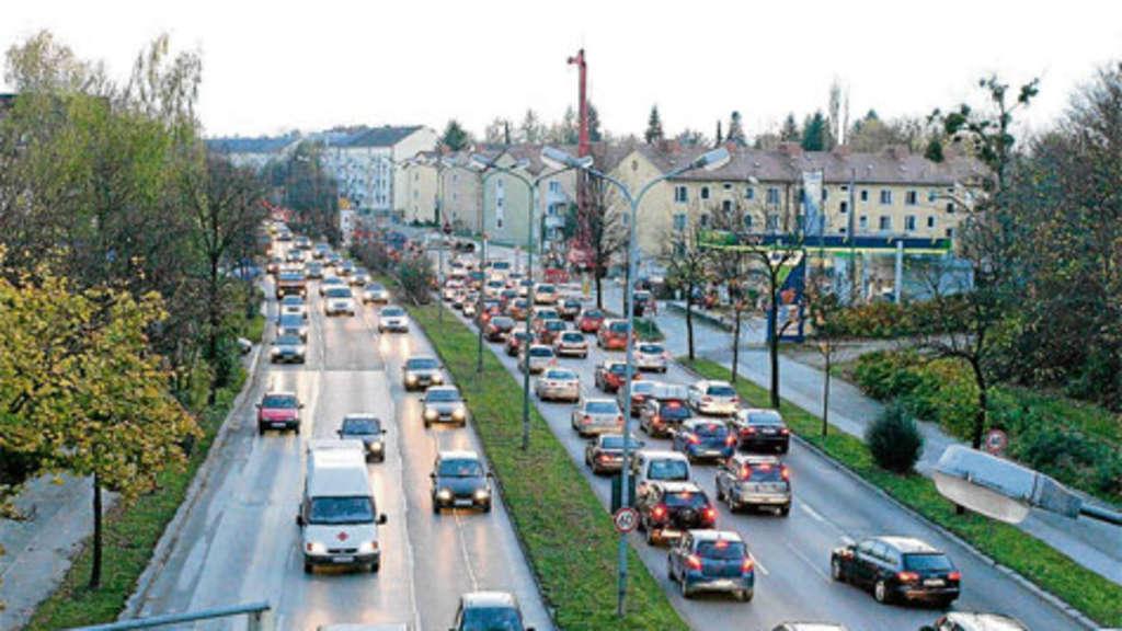 LuiseKiesselbachPlatz Sieben Millionen für Stau