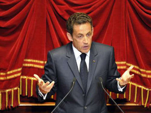 Sarkozy: Party statt Politik