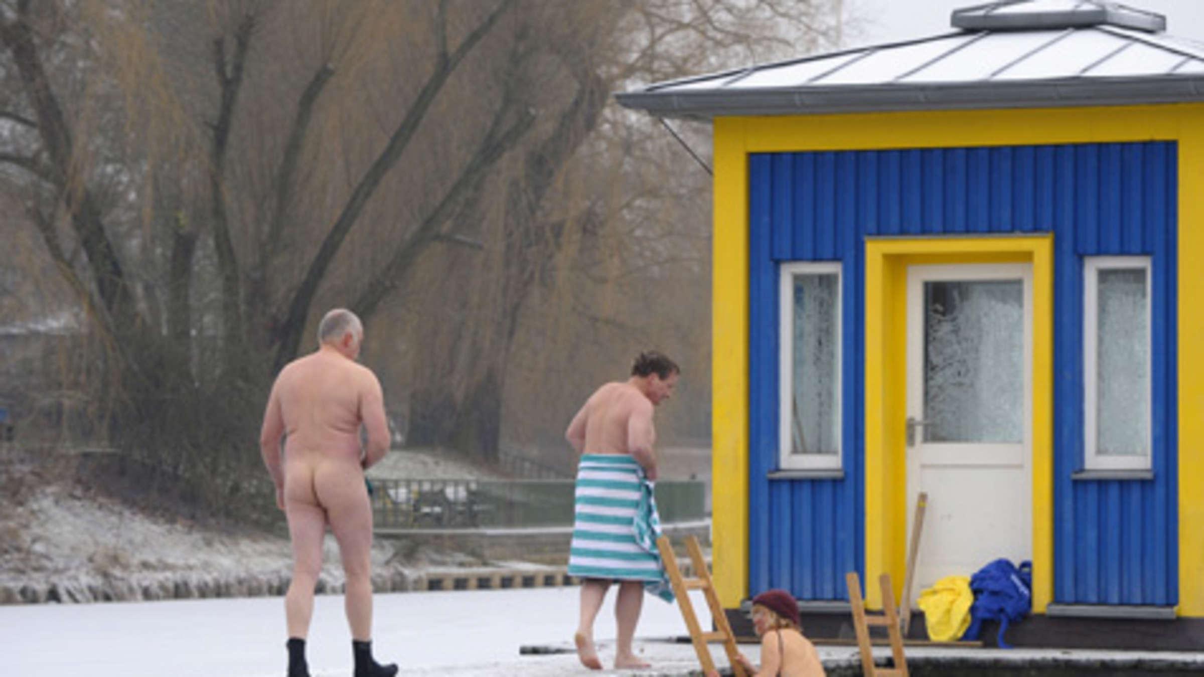 Klassenfahrt nackt baden Auf Klassenfahrt