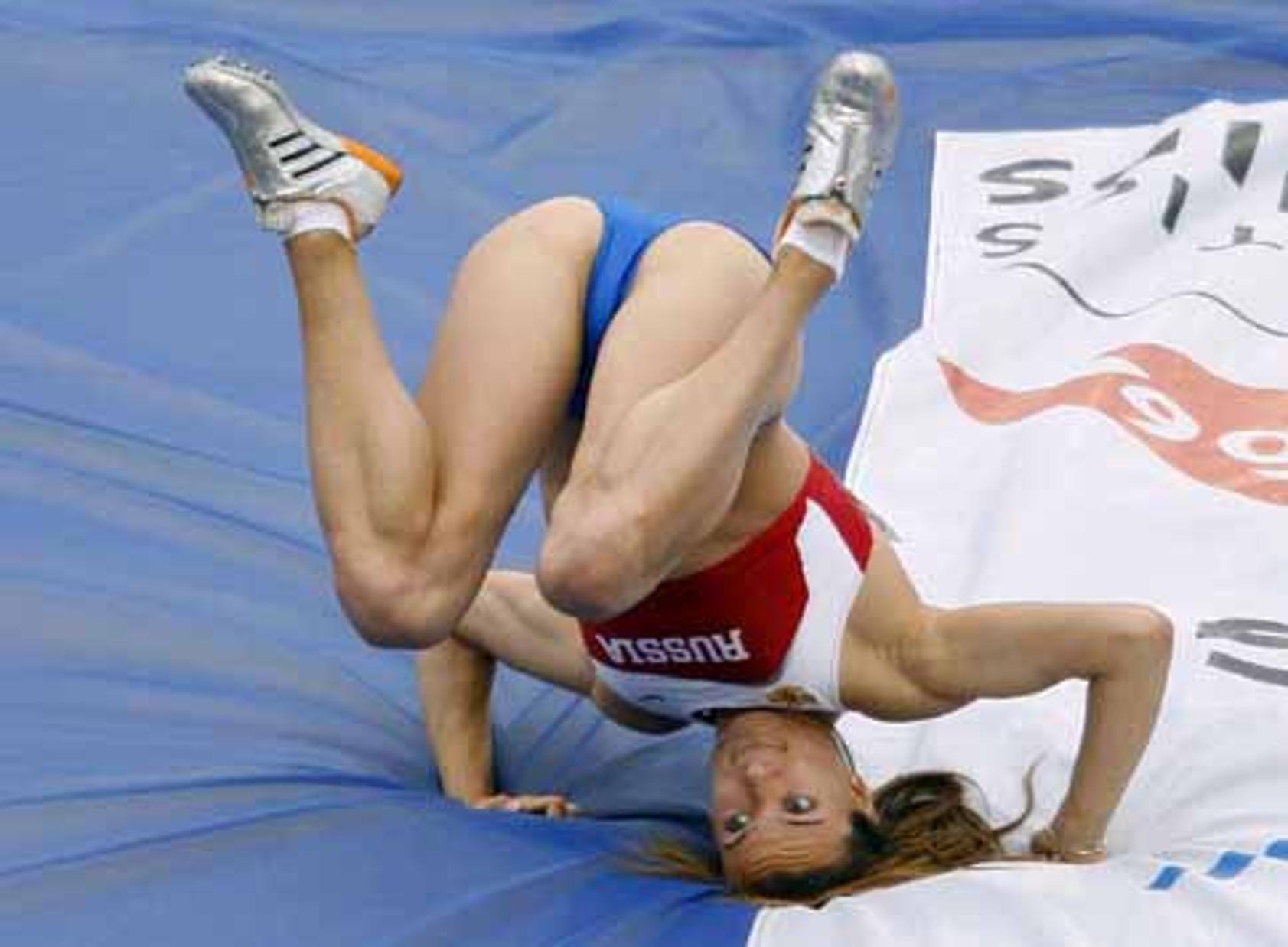 Трусики спортсменок фото, Засветы спортсменок, спортсменки засветились во 1 фотография