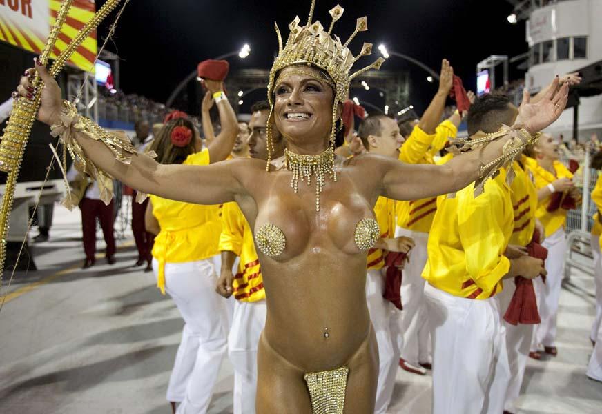 деньги смотреть видео голый карнавал приятными разнообразными позволяет