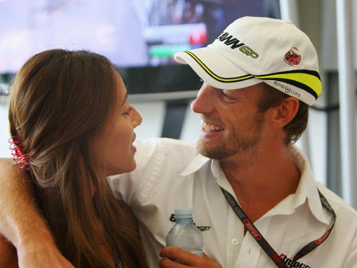 Jenson Buttons Freundin: Unterwäsche-Model Jessica
