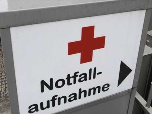 Axt-Attacke: Arm gerettet