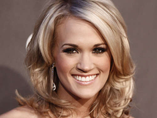 Carrie Underwood räumt bei American Country Awards ab