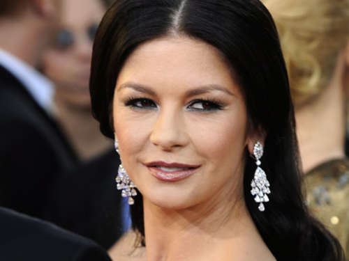 "Catherine Zeta-Jones wurde ""geoutet"""
