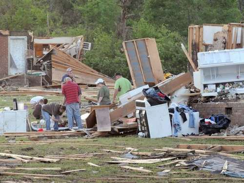 Mindestens 340 Tote nach Monster-Tornados in USA