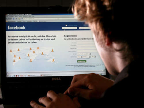 Facebook-Party eskaliert: Saufgelage an Golfplatz