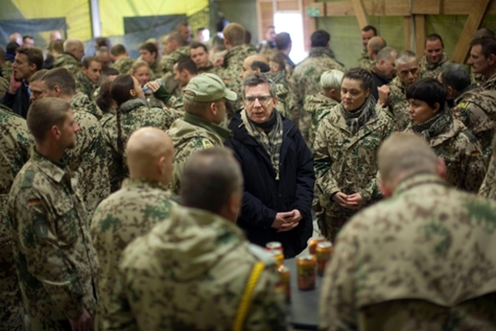 Westerwelle hält an Abzugsplänen in Afghanistan fest   Politik
