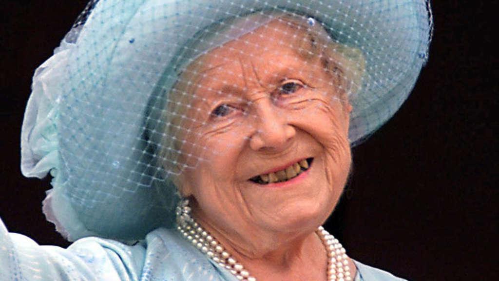 Queen Mum Zähne