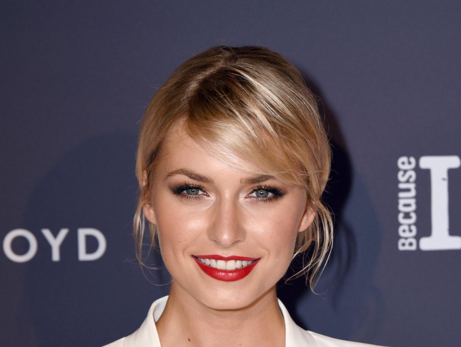 Gut Bestuckt Betty Taube Verrat Intimes Uber Koray Gunter Stars