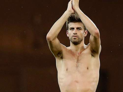 Piqué verlost EM-Final-Tickets bei Facebook
