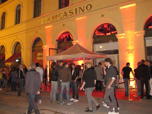 Fashion & Party: Pop-up-Store im Filmcasino