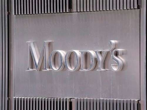 Moody's stuft Unicredit herab