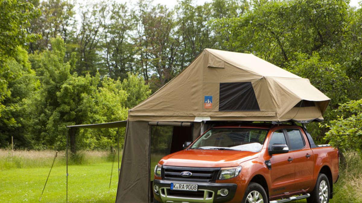 caravan salon 2012 autodach von 3dog camping top dog f r. Black Bedroom Furniture Sets. Home Design Ideas