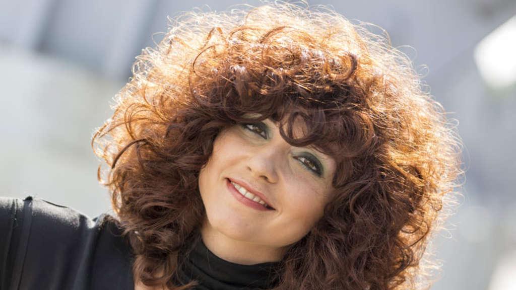 Frisuren Trends Auf Messe Haare 2012 Dauerwelle Comeback Welt