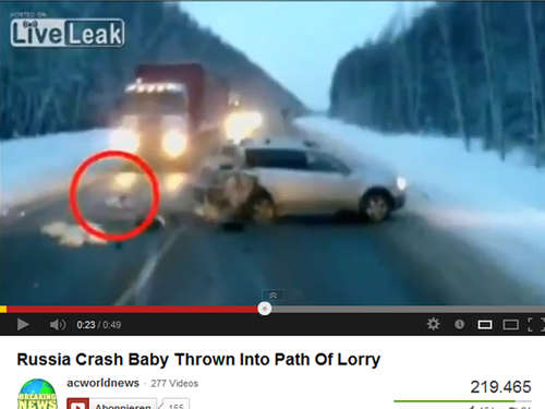 Internet-Video: Baby überlebt Horror-Crash