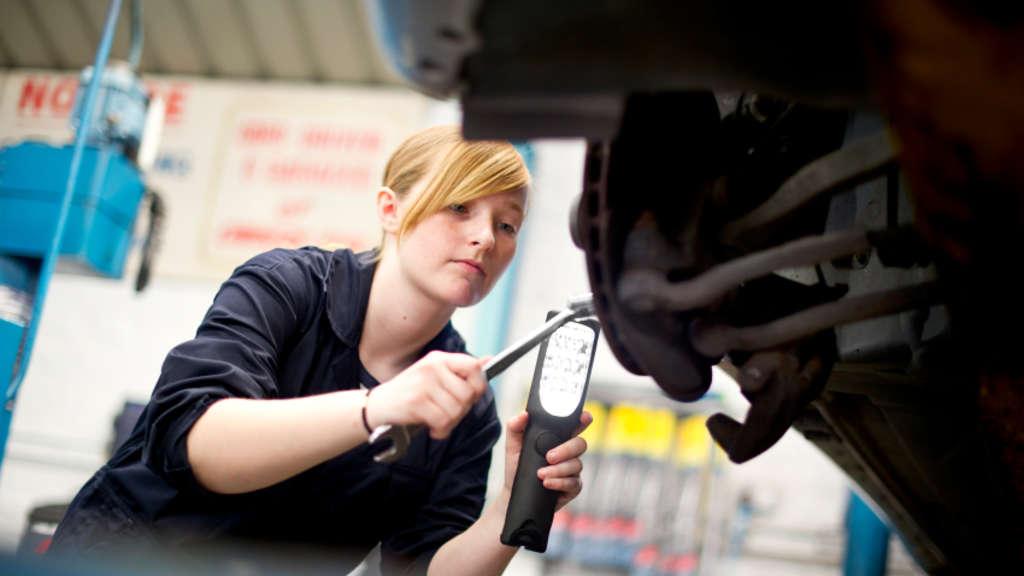 Versicherung In Der Ausbildung Das Benotigen Sie Bayern