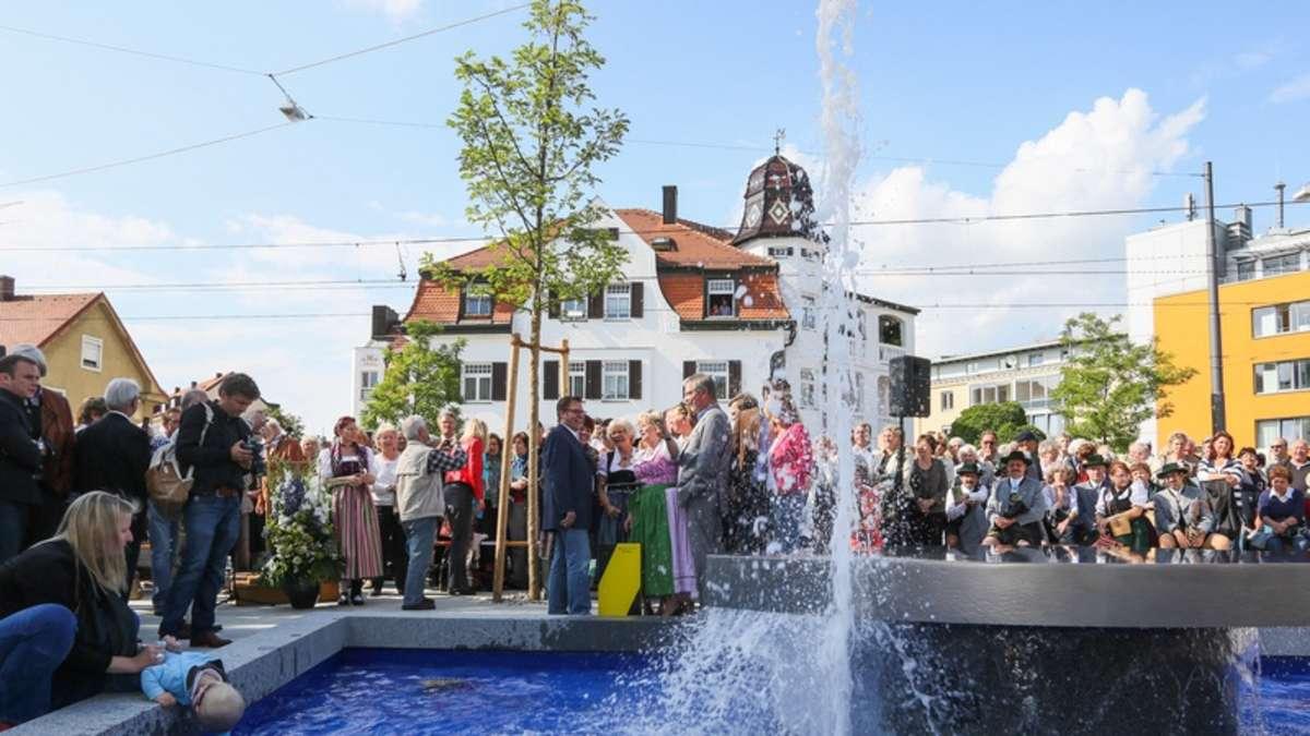 Neuer Brunnen Pl Tschert In Moosach Moosach